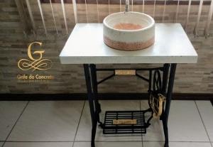 Cuba com tampo para banheiro/lavabo